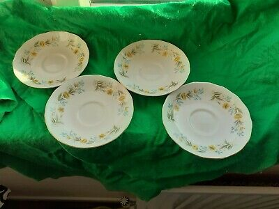 Colclough Bone China Saucers X 4 • 0.99£
