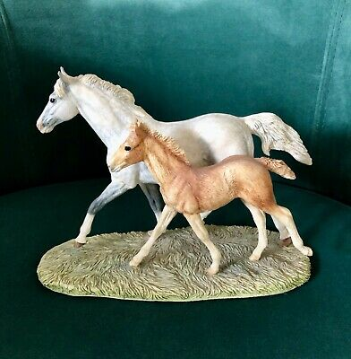 Border Fine Arts Thoroughbred Grey Mare & Foal Cantering No L122 By Anne Wall. R • 95£