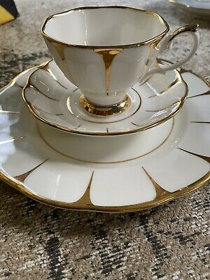 Vtg Royal Vale English Bone China White Gold Deco Daisy Strike Tea Set X 2 Trios • 14.50£