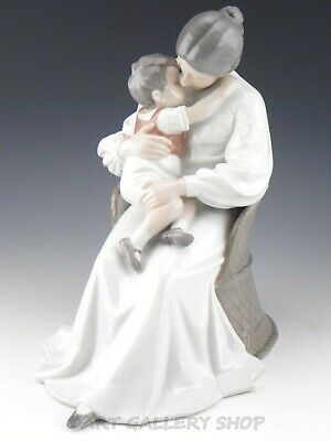 B&G Bing & Grondahl 11-1/4  LARGE Figurine #1552 MOTHER LOVE WITH SON BOY Mint • 124.42£