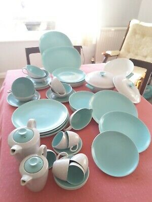 Poole Pottery Twin Tone Dinner Service • 170£