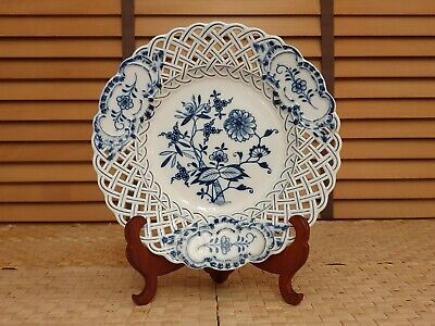 Meissen Blue Onion Reticulated 24cm Plate • 10.05£