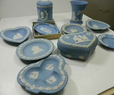VINTAGE COLLECTABLE, Large Collection Of Wedgewood Blue Jasperware  • 31£