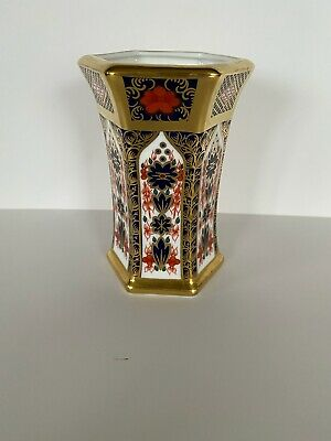 Royal Crown Derby 'old Imari' Solid Gold Band Hexagonal Vase Great Condition 99p • 67£