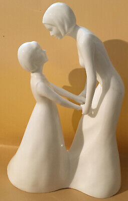 Coalport Moment Collection White Figurine 'Special Moments' Mother & Daughter • 35£