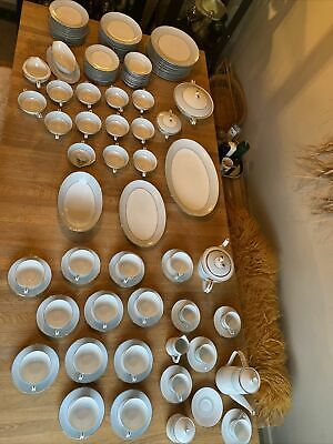 Noritake Dinner Service White And Blue 116 Pieces!  • 200£