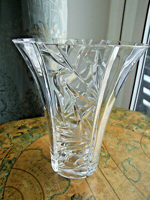 Pressed Clear Crystal Vase, Oval Flared Shape • 4.99£