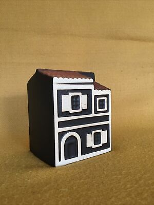 Hornsea Pottery Coryfo Ceramics Two StoreyTown House In Dark Brown And Cream • 35£