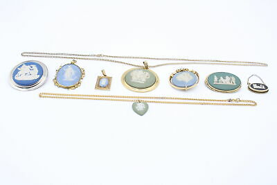 8 X Vintage WEDGWOOD JEWELLERY Inc. Brooches, Pendants, Necklaces • 51£