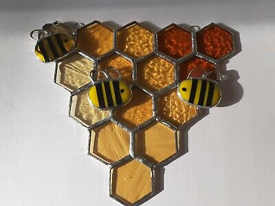 Bees On Honeycomb - Artisan Made Stained Glass • 40£