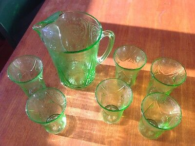 Antique 1930's American Green Glass Pitcher With 6 Matching Tumblers • 100£