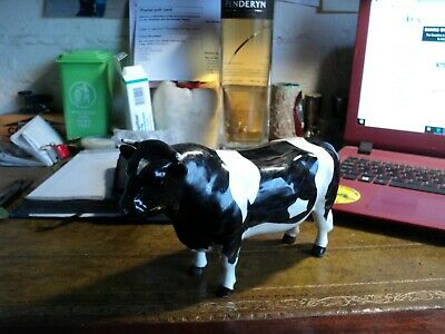 Beswick Bull Plus Free Scotish Bull  • 55£