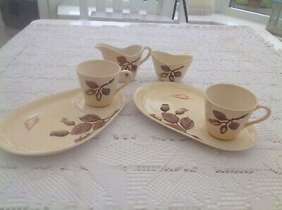 Carlton Ware Hazelnut Australian Design Set Of 2 Tennis / TV Sets Milk Jug & Sug • 15£
