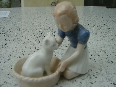 Bing & Grondahl Figurine Of Girl With Cat Perfect • 50£