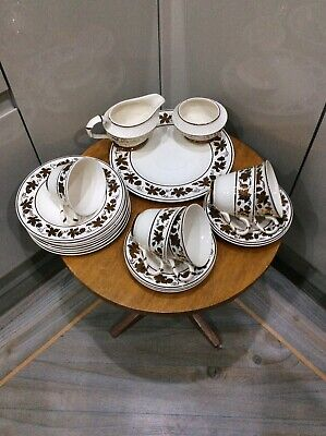 Vintage ,wade Teaset , 19pc , Cream & Gold Leafs  • 15£