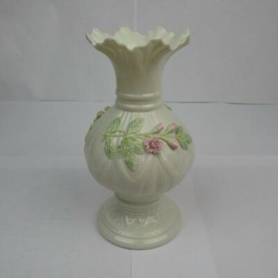Beautiful Belleek Irish Ribbon Floral Vase China Porcelain 0673 Baleek Ireland • 20£