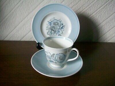 Susie Cooper Blue Poeny Trio - 1 Cup 1 Saucer 1 Plate • 14£