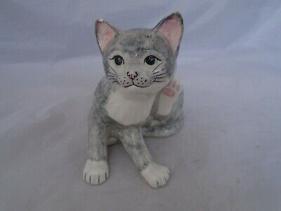 Babbacombe Pottery Grey White Beautiful Cat China Ornament Collectable  • 25£