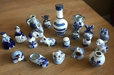 Miniature Blue And White Pottery Figurines • 25£