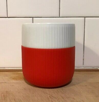 Royal Copenhagen Fluted Contrast Mug In Poppy Red Silicone • 17£