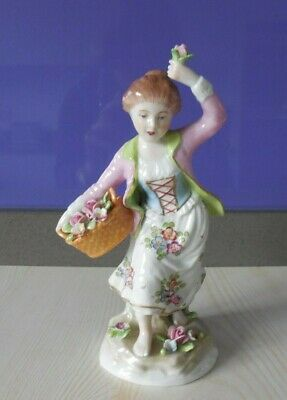 Vintage Sitzendorf Figure Of Girl With Flowers. In Excellent Condition • 89£