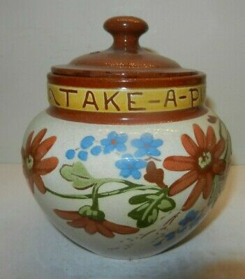 Watcombe Tobacco Jar With Flowers • 24£