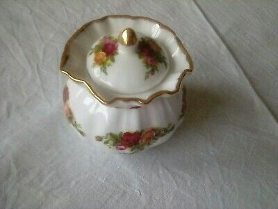 Royal Albert Old Country Roses Dorothy Pot • 3.99£
