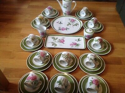 Hutschenreuther 41 Piece Coffee Set By P. J.Redoute Different Rose Patterns RARE • 229.99£