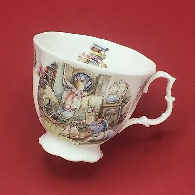 Royal Doulton Brambly Hedge ~ Rigging The Boat Very Rare Tea Cup - New 2nds • 49.99£