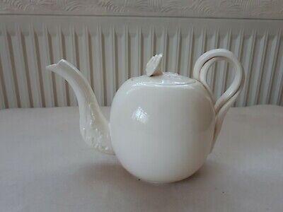 Leeds Cream Ware China Teapot Classical .  Very Good Cond. • 45£