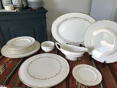 Vintage Dinner Royal Worcester Gold Chantilly  16 Piece Bone China,collectable • 30£