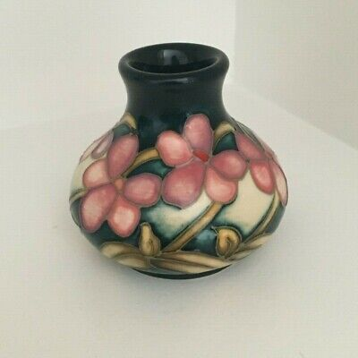 Moorcroft Pink Floral Chubby Vase • 24£