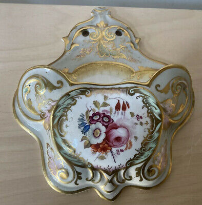 A Lovely Quality Handpainted Porcelain Wall Pockey Decorated With Flowers • 60£