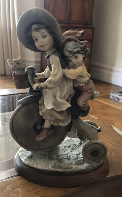VINTAGE G ARMANI CERAMIC Girl And Boy KittenFIGURINE Florence, Italy 1982 SIGNED • 9.99£
