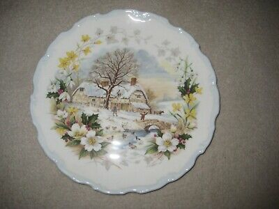 Royal Albert Plate  WINTER From The Cottage Garden Year Series • 7£