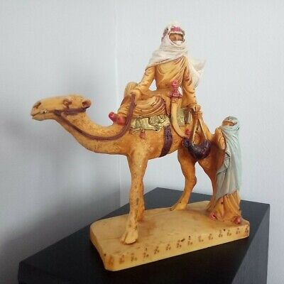 Nomad/Arab And Woman With Camel Figure • 12£