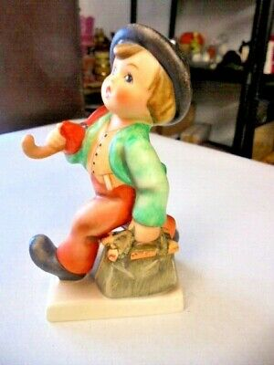 Vintage Hummel Goebel Figurine  Merry Wanderer   From House Clearance • 14.99£