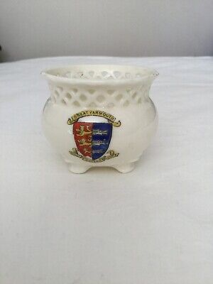 Gemma Created China Miniature Piecework Pot Ornament Great Yarmouth Coat Of Arms • 20£