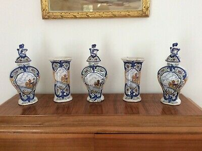 APK EARLY DELFT VERY RARE GARNITURE OF POLYCHROME VASES BY A.P.KOCKS C.1700 • 645£