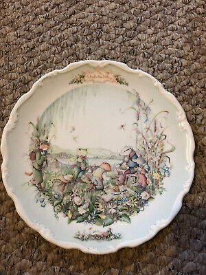 """Royal Albert Plate The Wind In The Wilows """"The Picnic""""  • 5£"""