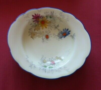 Vintage  Crown  Stafford  Floral  Bowl  With Blue  Edge (Browns Of  Glasgow) • 2.99£