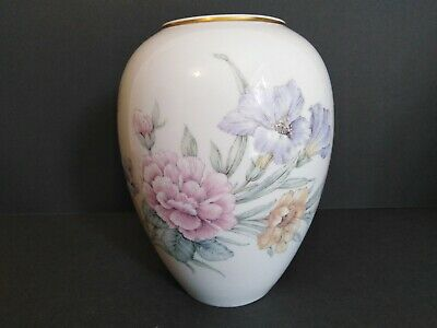 Vintage Kaiser AK Vase With Butterfly And Floral Design • 3.45£