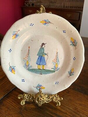 Early Quimper Plate • 26£