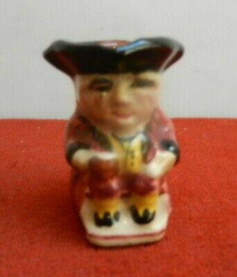 TORQUAY POTTERY  Red/maroonToby Character  Jug 5.5 Cm • 13£