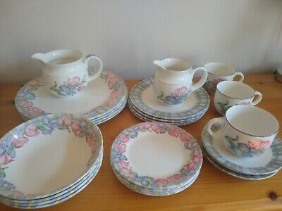 Royal Doulton Expressions Lomond  Pottery Dinner Service - Collection Only PR7 • 10£