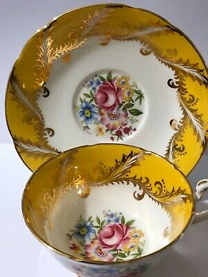 Vintage Paragon Cabinet Teacup And Saucer. Flowers, Yellow, Gold Gilt  • 50£