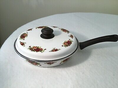 Royal Albert Old Country Roses Frying Pan And Lid • 5.50£