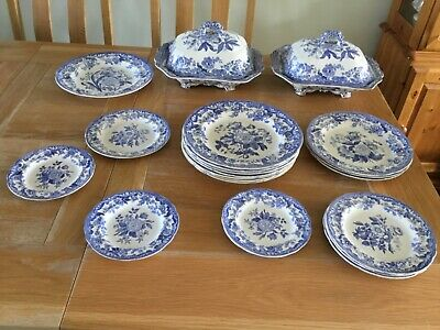 Spode Copeland And Garrett Blue And White China • 200£