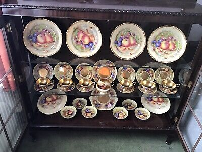 AYNSLEY CHINA ORCHARD GOLD FOOTED  SET In Cabinet • 1,000£