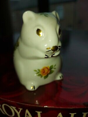 Old Country Roses Squirrel  • 2£